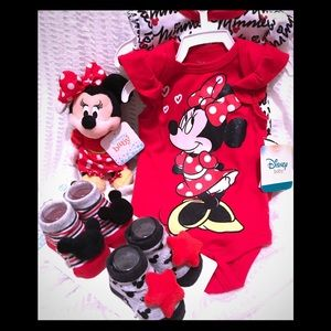 Disney Minnie Mouse baby girl set NEW great gift!!